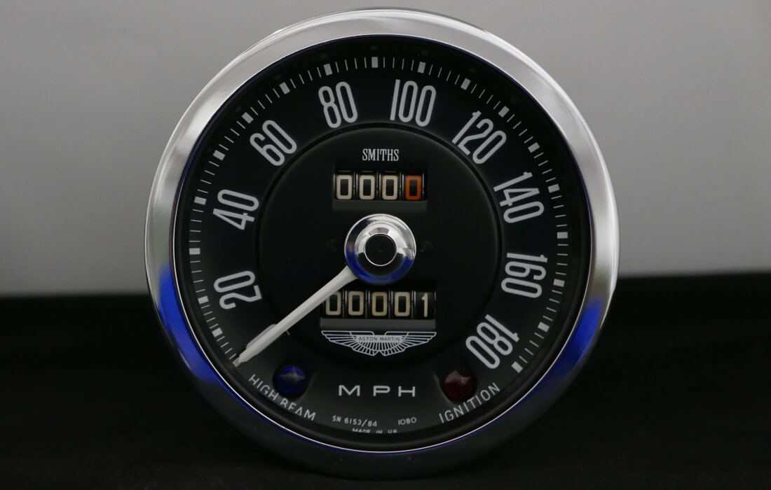 New Aston Martin DB5 Speedometer built from scratch