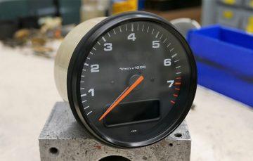 Porsche 964 Tachometer